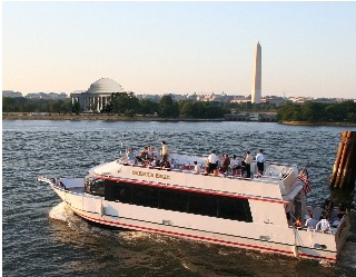 Washington DC Boat Cruise Tour